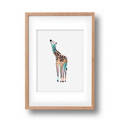 OKAY LUNA // Baby Giraffe Print