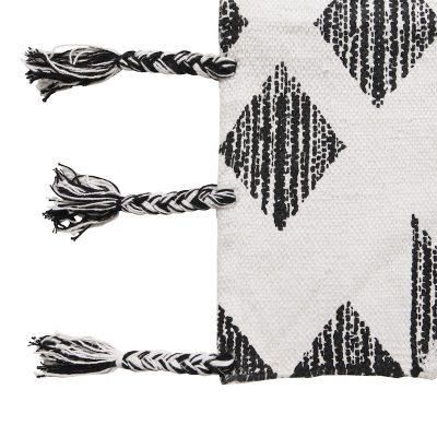 COLLECTIVE SOL // Black and White Traditional Rug