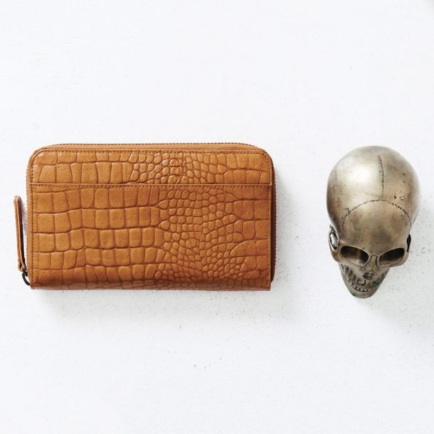Status Anxiety Tan Croc Delilah Wallet with silver skull