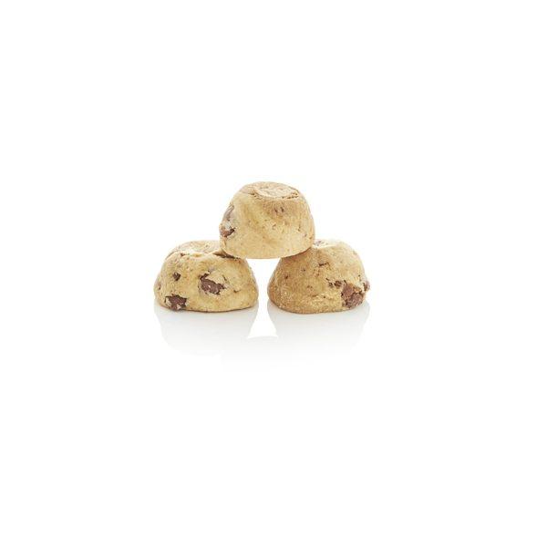 BYRON BAY COOKIE CO. Milk Choc Chunk Cookies Gift Bag