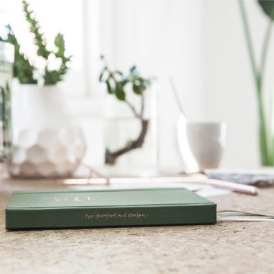 EMMA KATE CO. // Emma Kate Co. Green Weekly 2019 Planner