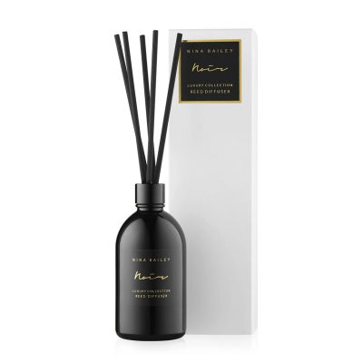 Noir reed diffuser with packaging