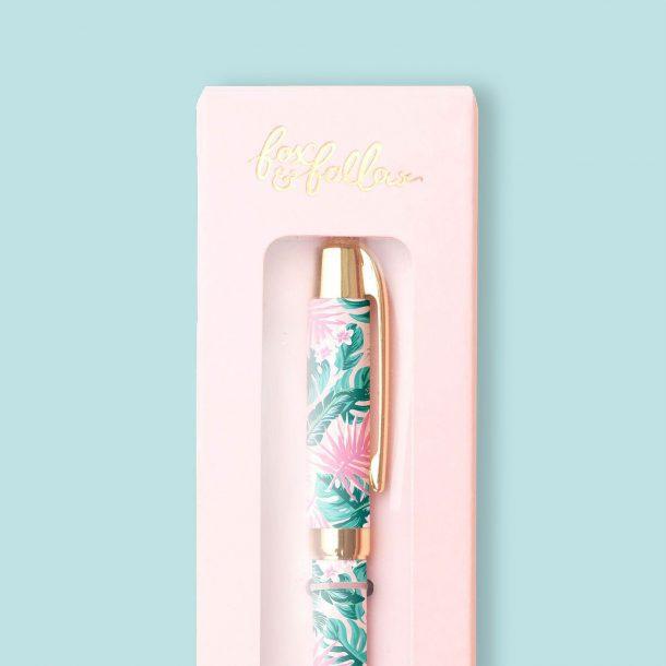 beautiful pen in box