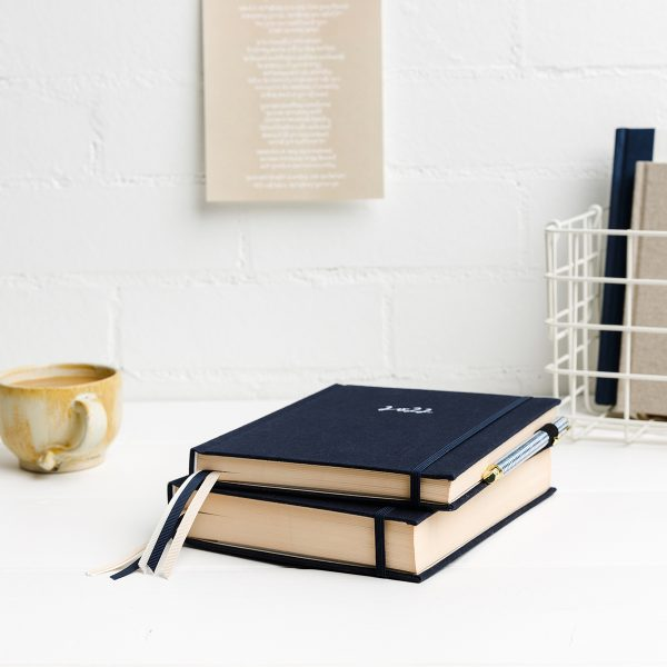 emma-kate-co-2022-planners-navy-diary